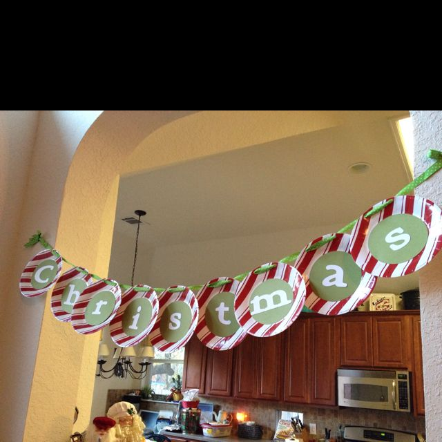 Paper plates decoration for a Christmas party!!!