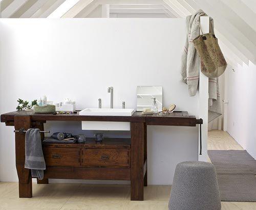 Oude werktafel wordt wasmeubel interieur inrichting furnitures
