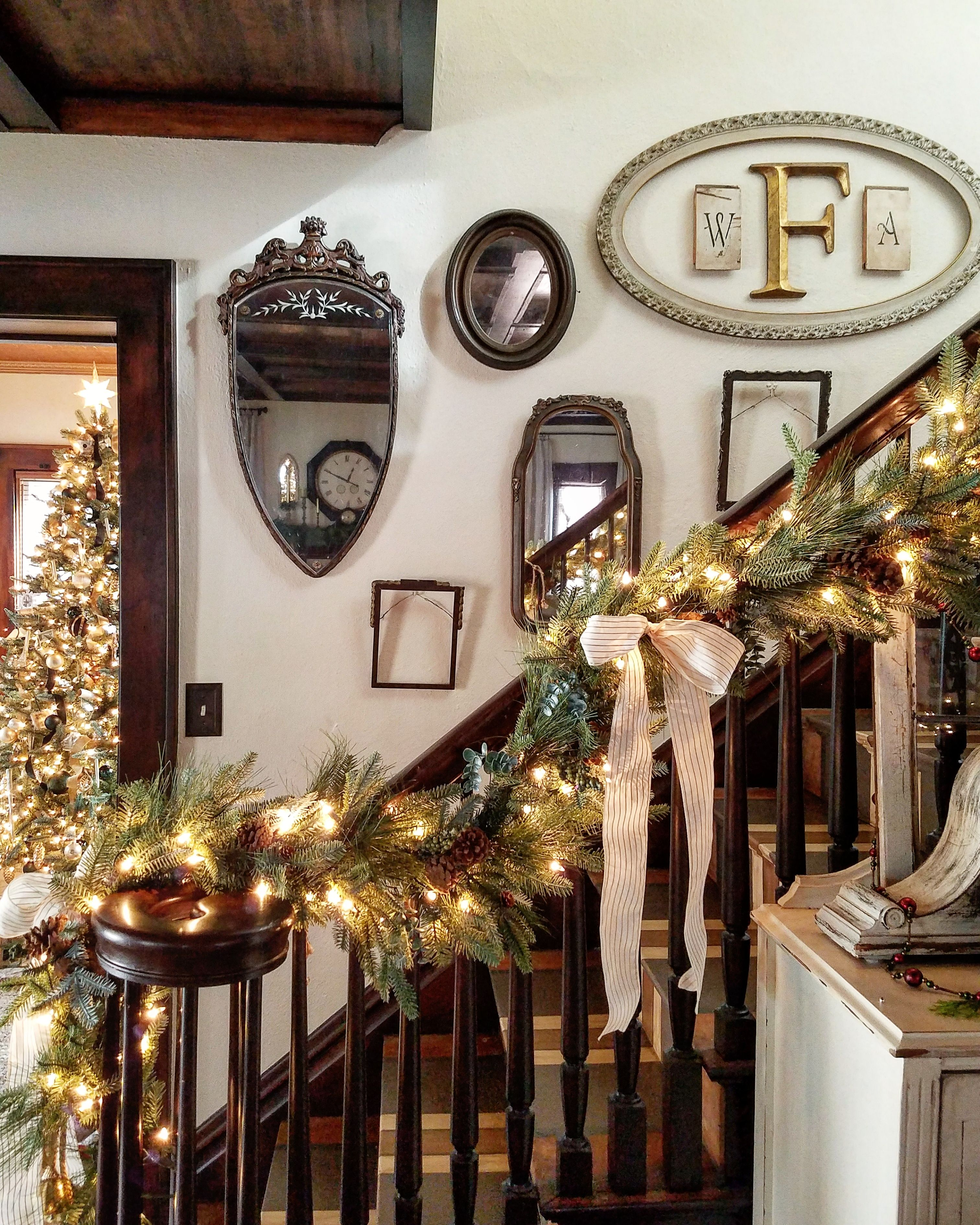 Old World Elegance: Simple And Elegant Old World & French Country Christmas