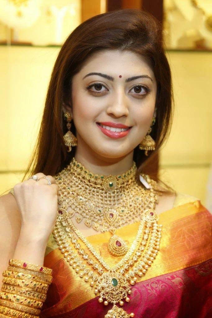 saree traditional pics telugu in actress