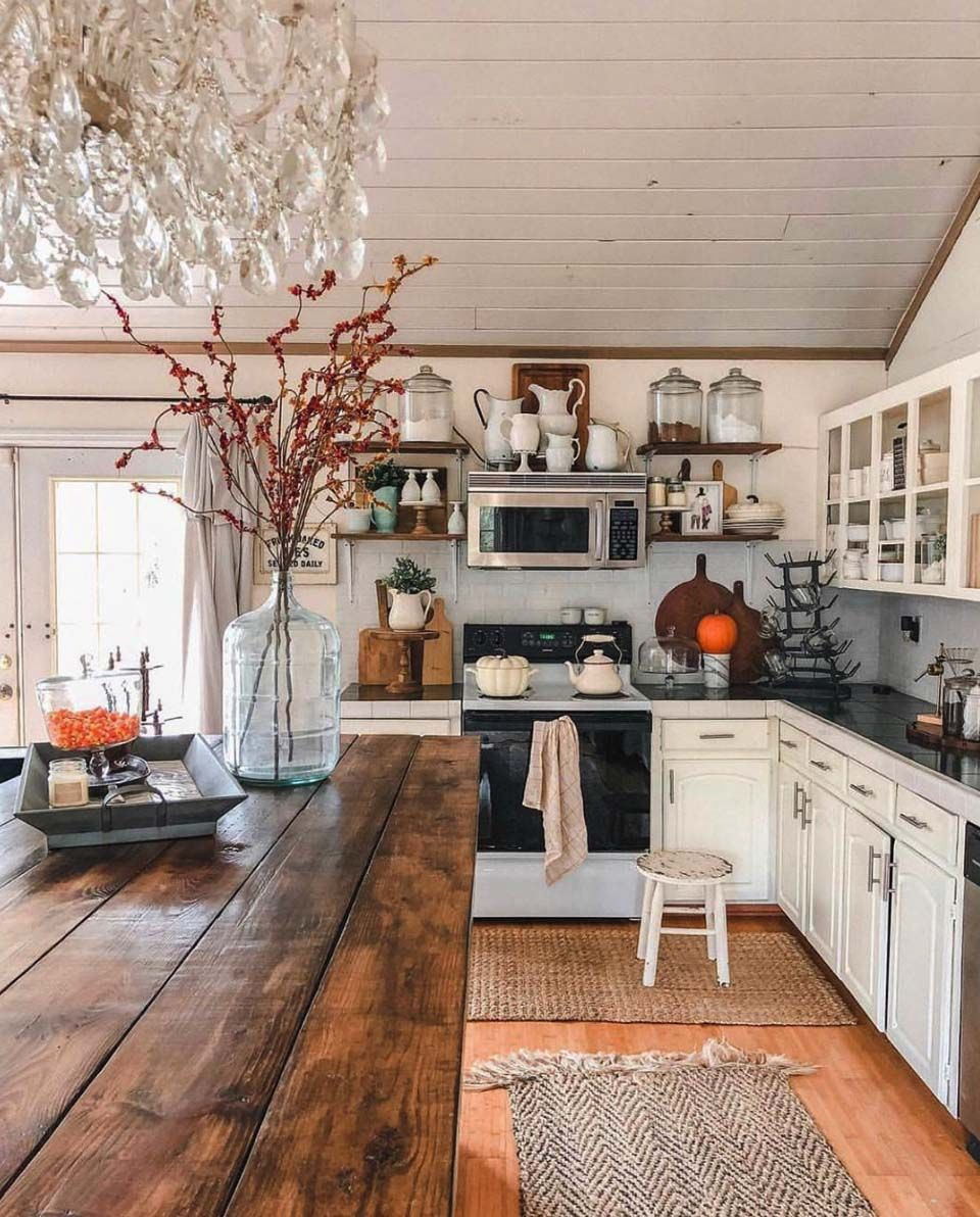 28 warm and inviting fall kitchen decorating ideas to diy farmhouse style kitchen rustic on kitchen makeover ideas id=78686