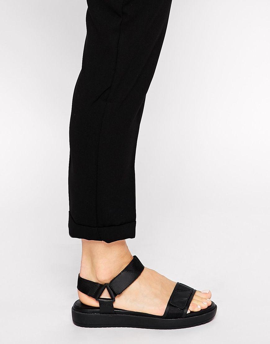Black vagabond sandals - Image 4 Of Vagabond Flora Black Strap Flat Sandals