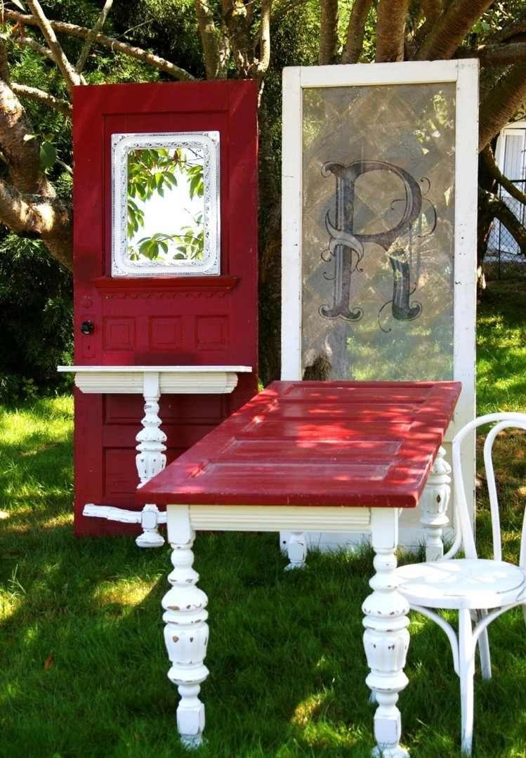 55 id es d co jardin r utiliser les vieilles portes et for Decoration cacher une porte