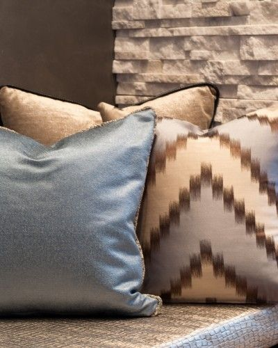 I like this color combo for the living room. Warm & formal with the brown & metallic blue.
