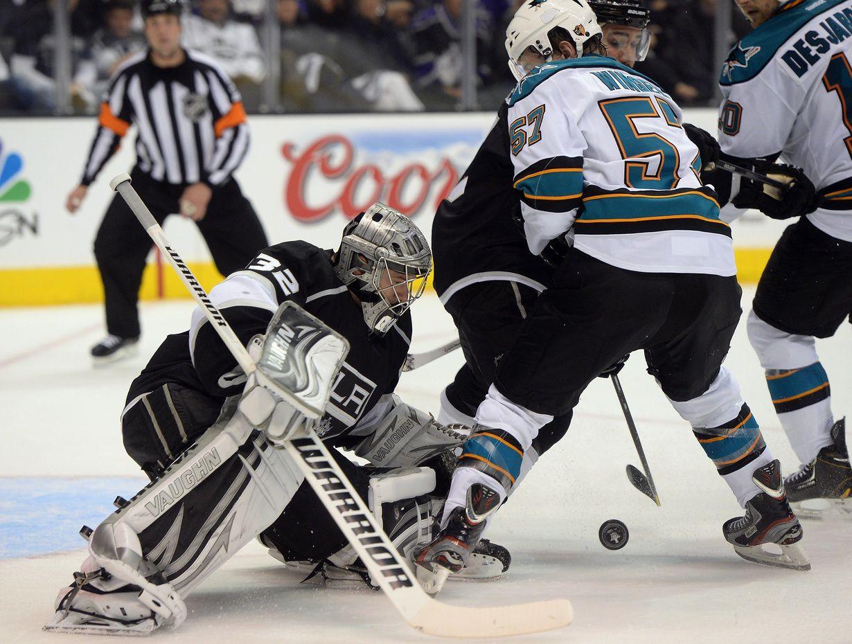 L.A. Kings 2014-15 Season in Review: The Goaltenders - http://thehockeywriters.com/l-a-kings-season-the-goalitenders/