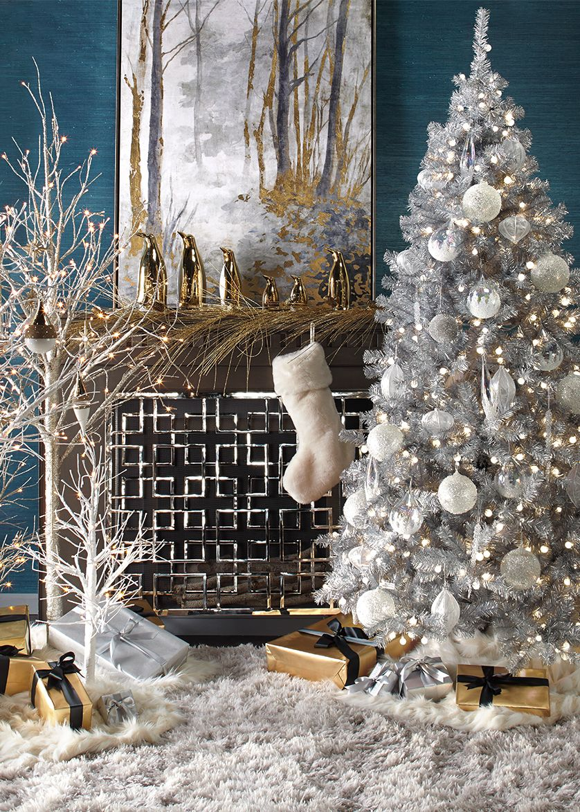 Z Gallerie S Holiday Decor Christmas Apartment Z Gallerie Christmas Tree Christmas Interiors