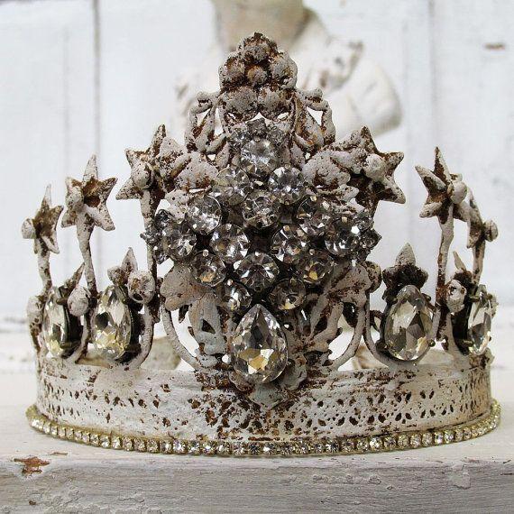 Pin By Karen Crawn On Home Decor: French White Rusty Tiara Crown French Nordic Headdress