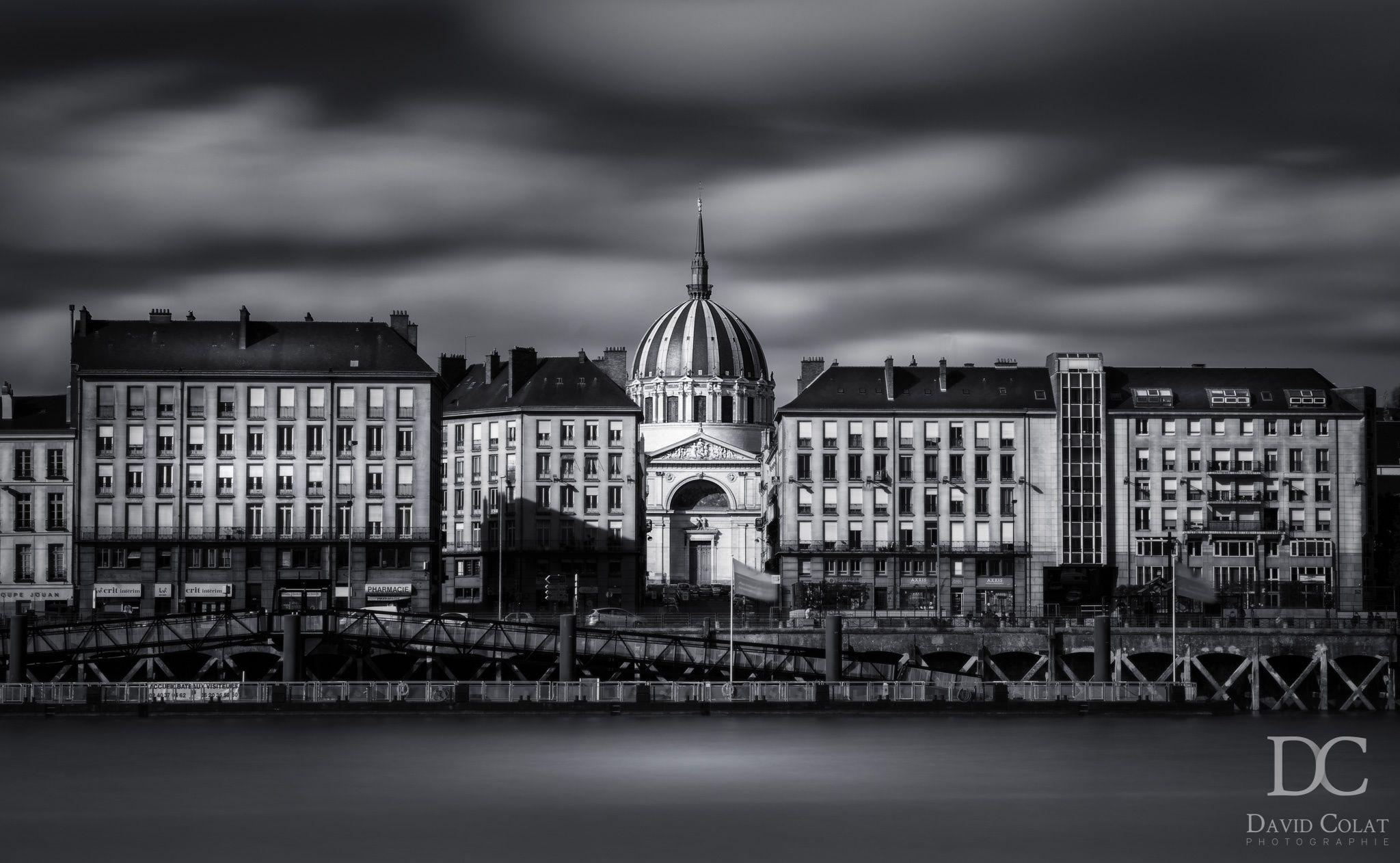 "View of ""Notre Dame de Bon Port"" church in Nantes (France)"