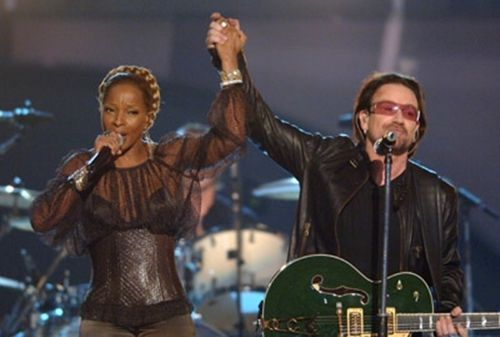 One Of My All Time Favorite Songs One Mary J Blige And Bono U2 Female Singers Bono Best Songs