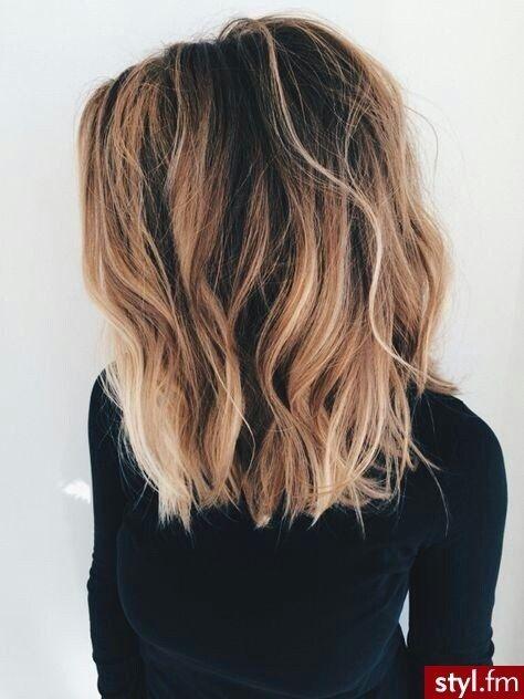 Couleur cheveux mi long