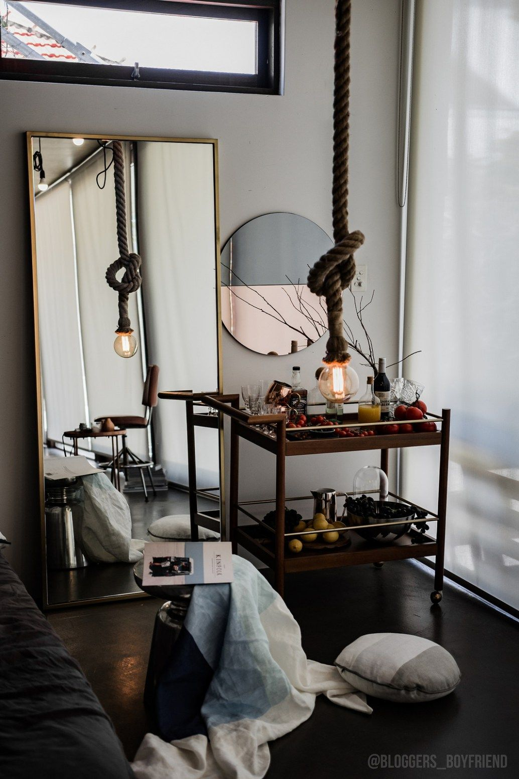 How To Decorate A Minimal And Industrial Space For