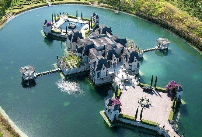 Charles Sieger S Redlands Island Castle Relisted For 10 9m