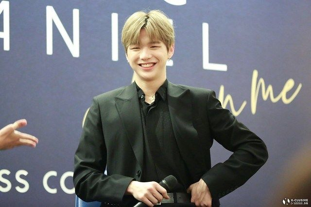 Kang Daniel Expresses Sincerity to Fans at 'Color on Me' Press Conference in Singapore