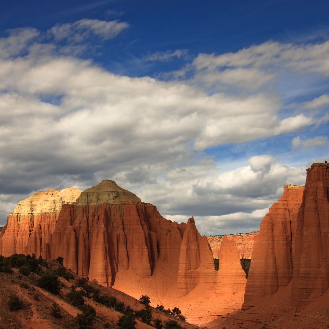 Upper Cathedral Valley Utah USA (by Jason Corneveaux