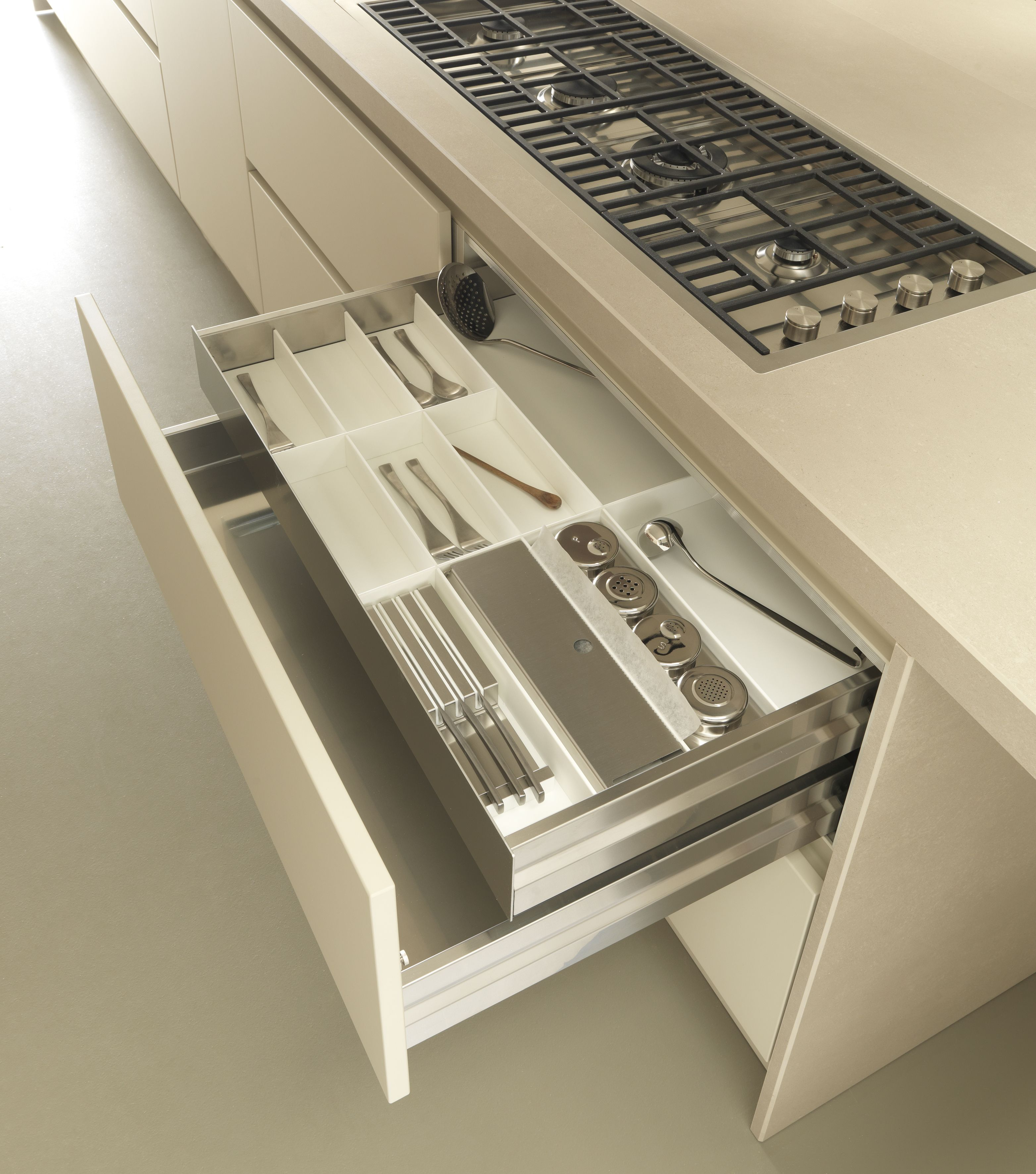fineline' drawer inserts: stainless steel and white corian cutlery