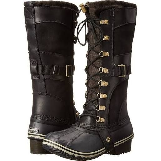 knee high lace up hiking boots | Boots