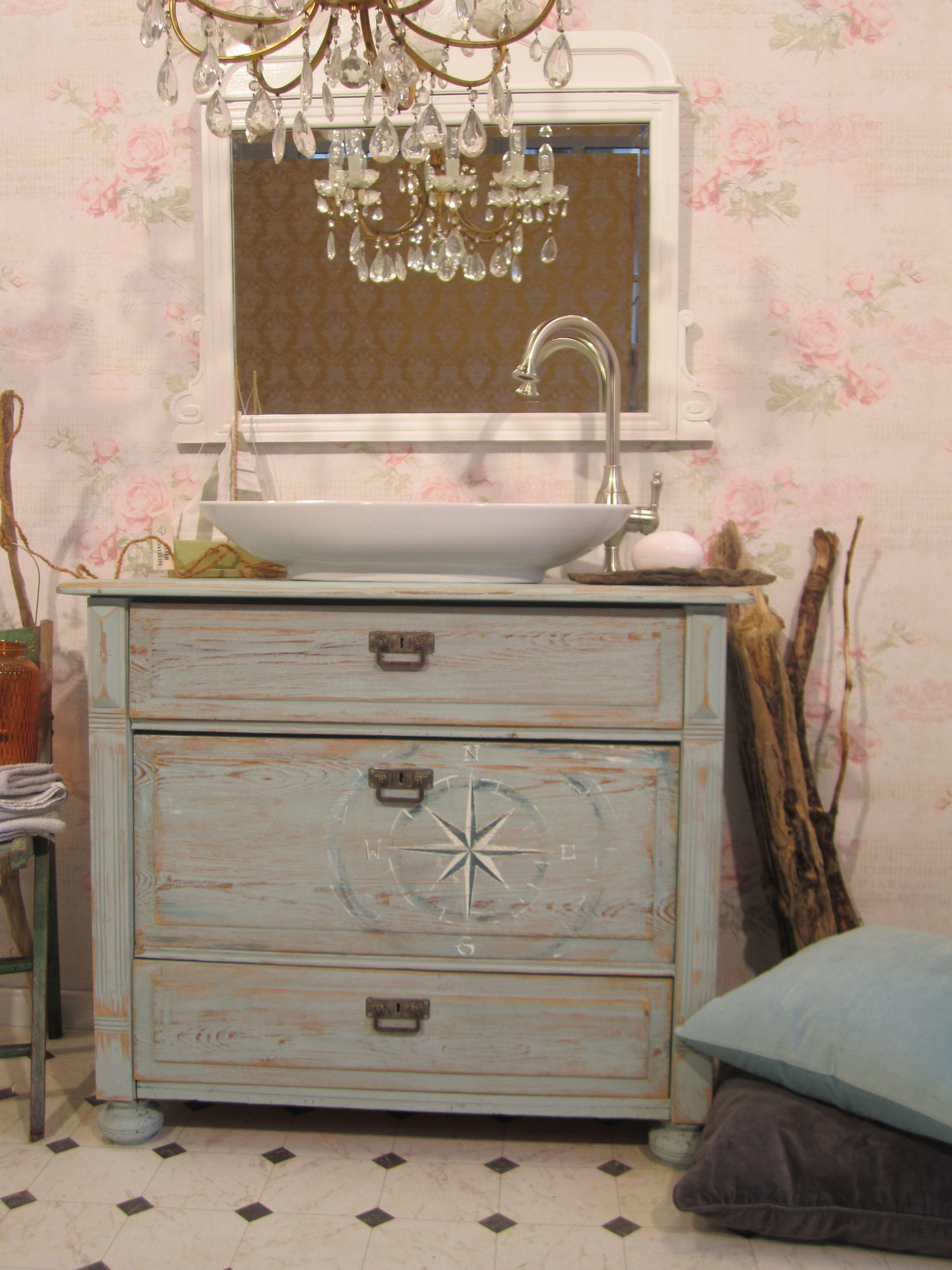 badm bel landhaus wer in seinem zuhause angekommen ist wirft l chelnd den anker aus und. Black Bedroom Furniture Sets. Home Design Ideas