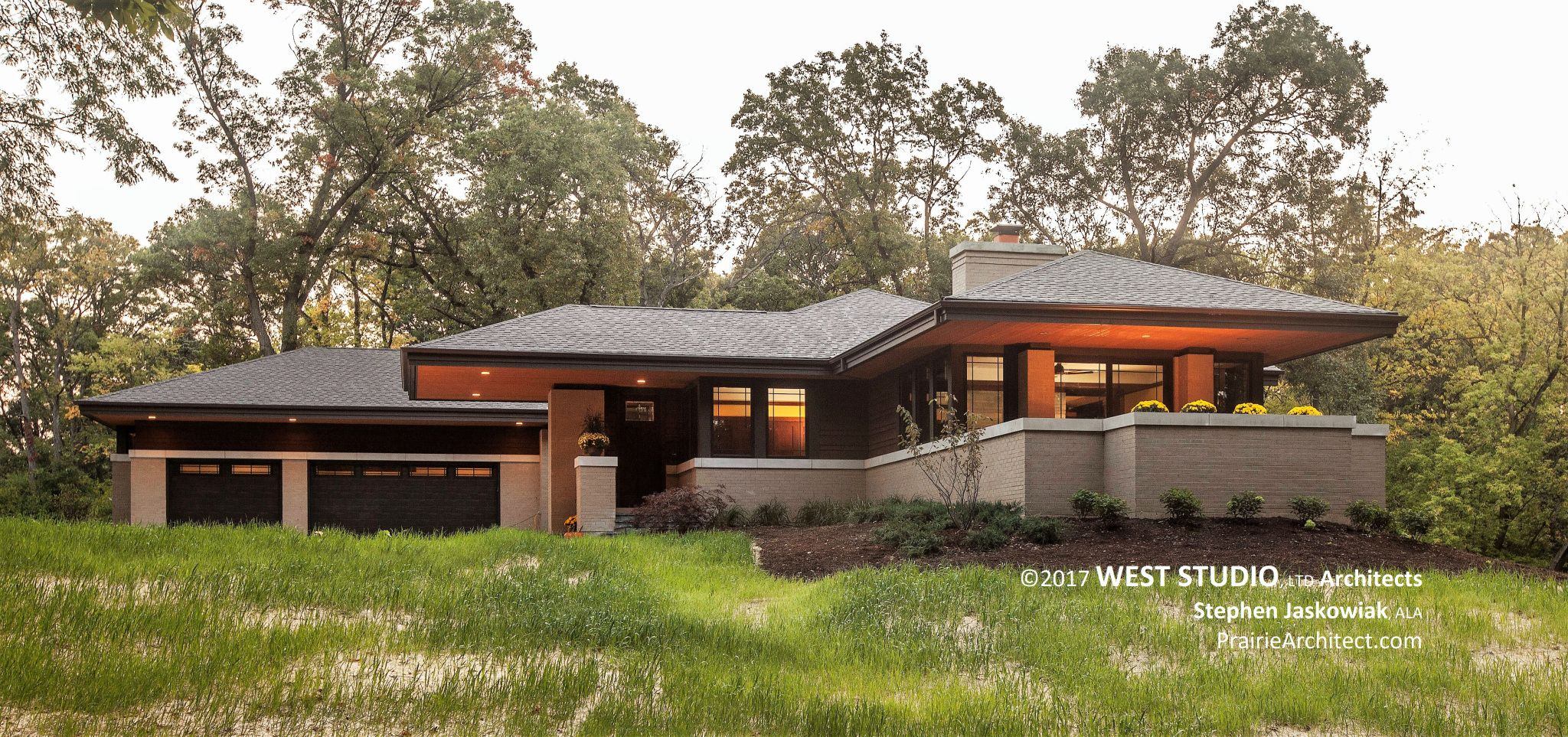Modern Prairie Home Frank Lloyd Wright Inspired West Studio Architects Stephen Jaskowiak Prairie Style Houses Modern Prairie Home Prairie Style Architecture