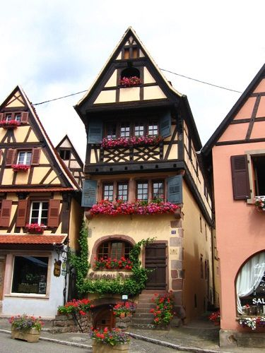 alsace maison d alsace colmar haut rhin alsace france europe belles maisons pinterest. Black Bedroom Furniture Sets. Home Design Ideas