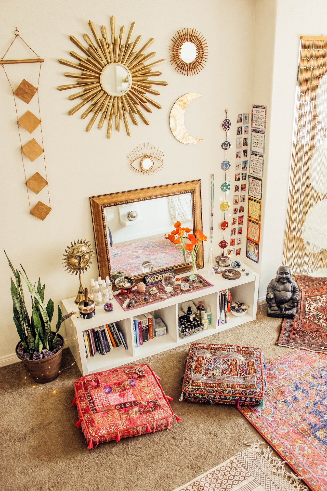 Lady Scorpio Ladyscorpioblog Com By Alexa Halladay How To Bring Beauty Into Your Home Bohemian Vi Yoga Room Design Meditation Room Decor Home Yoga Room