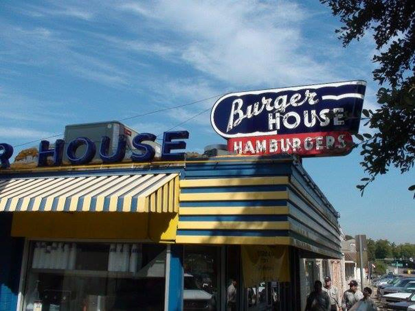 Dallas' 14 Essential Burger Destinations Dallas