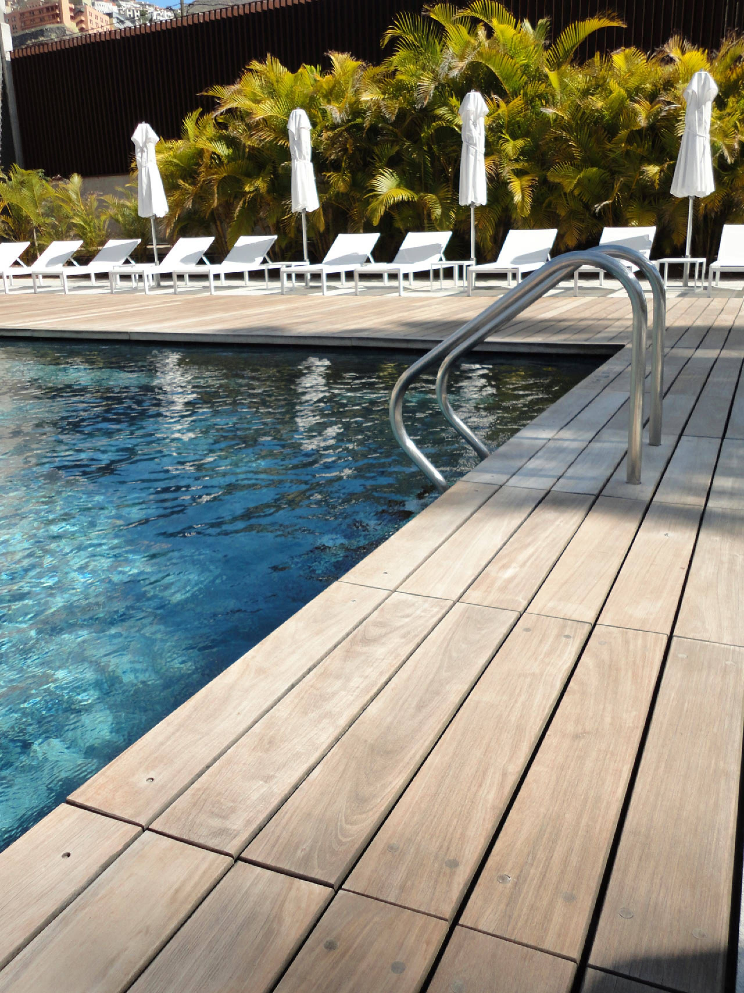 Ipe Decking Price Ipe Decking Building A Deck Decks Around Pools