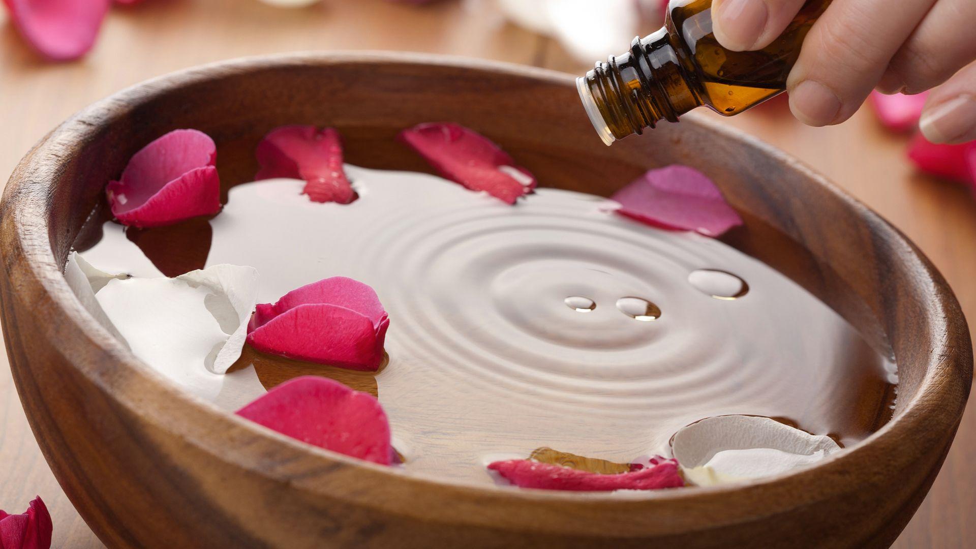 Le bain vapeur fait maison, un soin naturel pour le visage | Beautistas | Apprendre la beauté ...