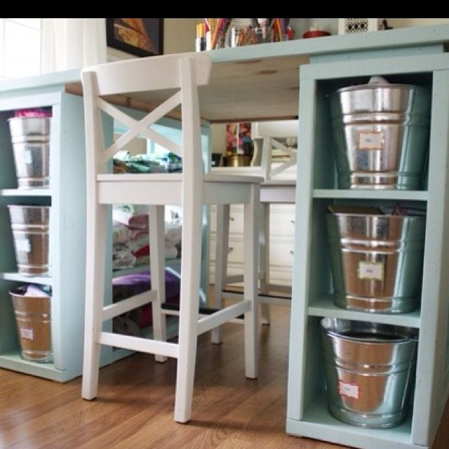 Shoe Storage Ideas - http://yourhomedecorideas.com/shoe-storage-ideas/ - #home_decor_ideas #home_decor #home_ideas #home_decorating #bedroom #living_room #kitchen #bathroom #pantry_ideas #floor #furniture #vintage #shabby