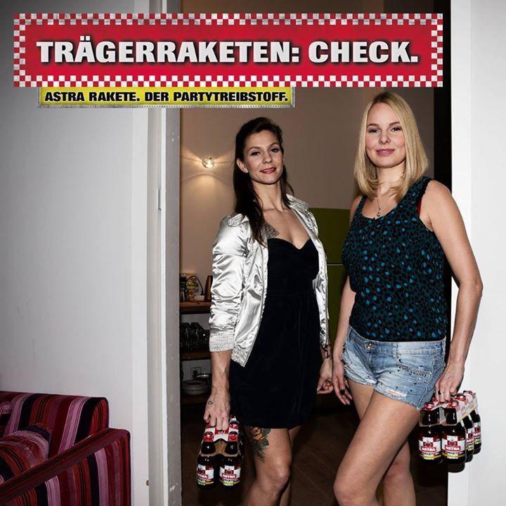 Ketten | Astra | Beer humor, Beer poster und Beer