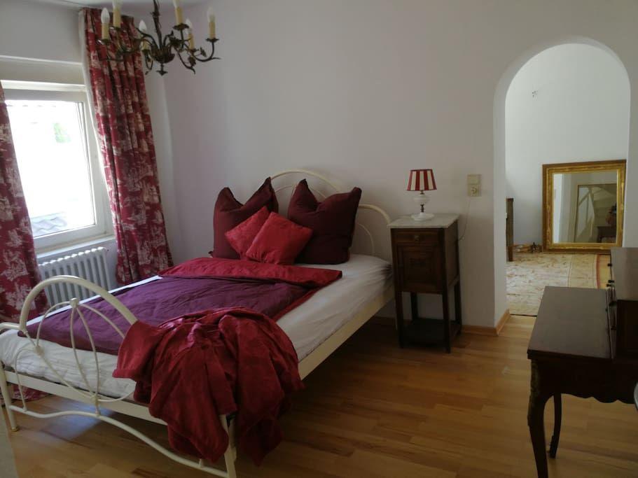 Stilvolle Suite Room Garden Dottendorf Wccb Un Dhl Hauser Zur Miete In Bonn Nordrhein Westfalen Deutschland Haus Mieten Wohnen Zimmer
