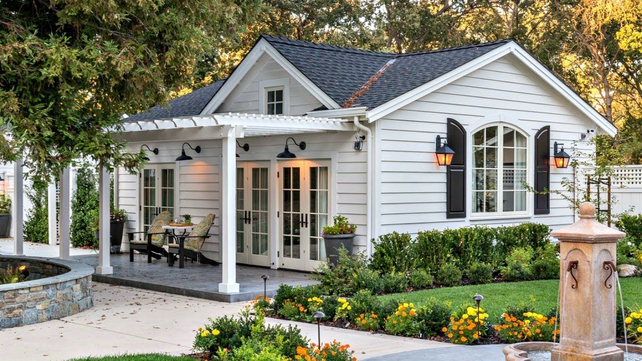 Charming Soothing Feel Luxury Cottage Home Small Home Design