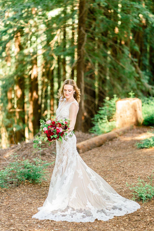 The Mountain Terrace Woodside Wedding Red bouquet
