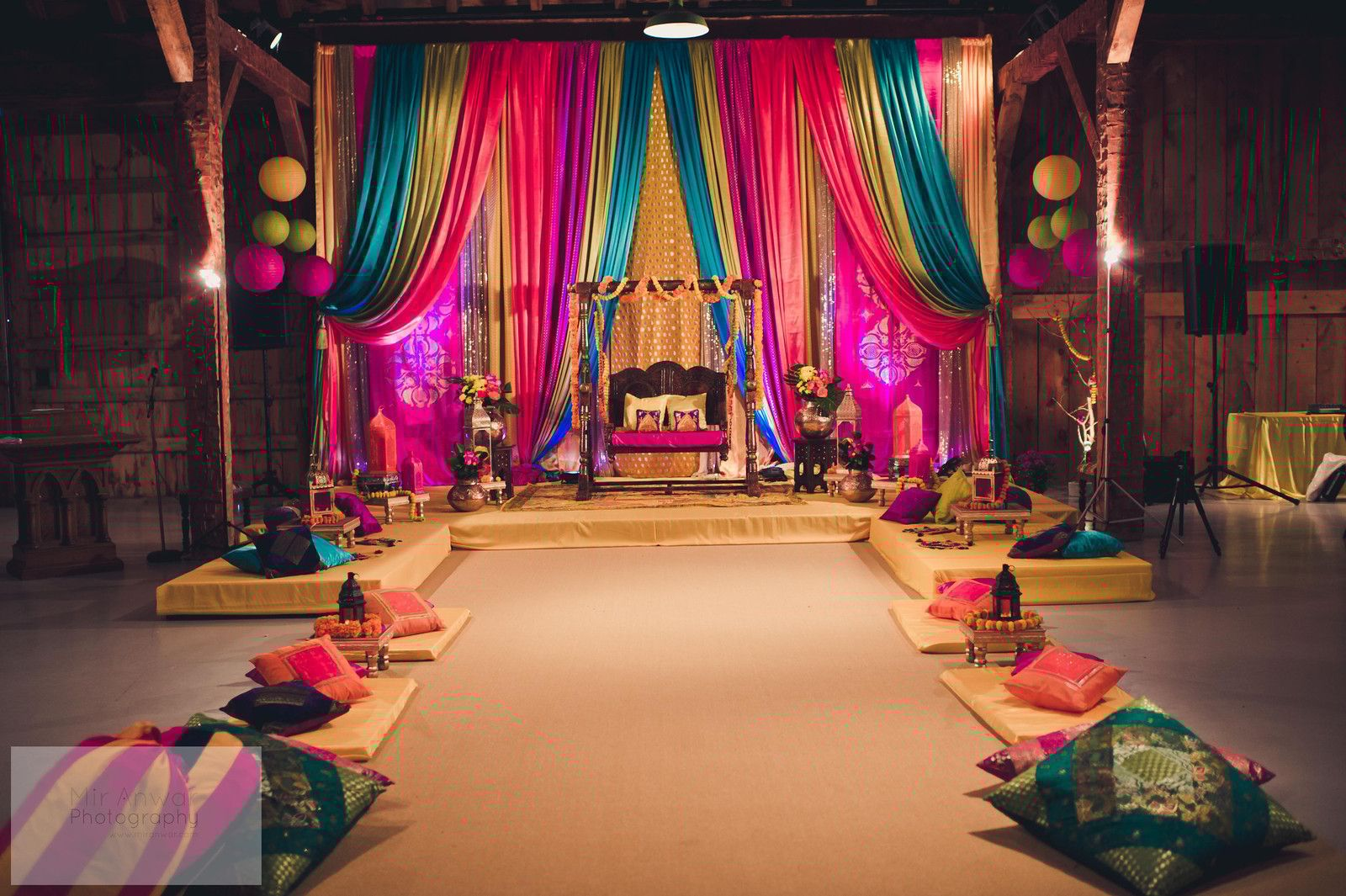 Mehndi Party Games : Bollywood decor arabian moroccan party theme