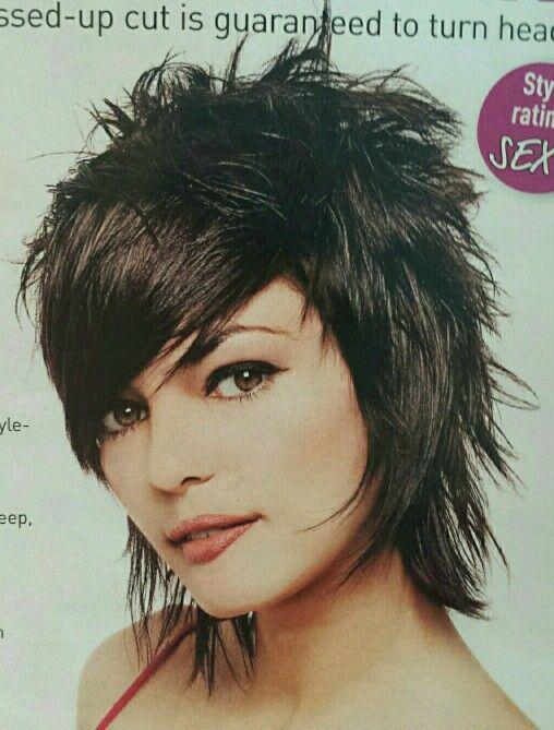 Crazy About This Messy Shag By Maria Kovacs Tigi Uk In 2020 Abgehackte Frisuren Haarschnitt Halblang Kurzhaarfrisuren