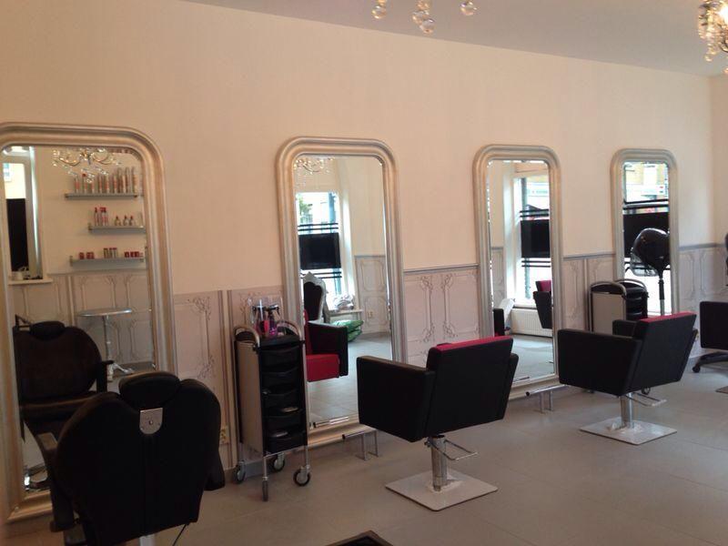 Quadro styling chairs. Salon Ideas from Ayala salon furniture. Glamour salon design.