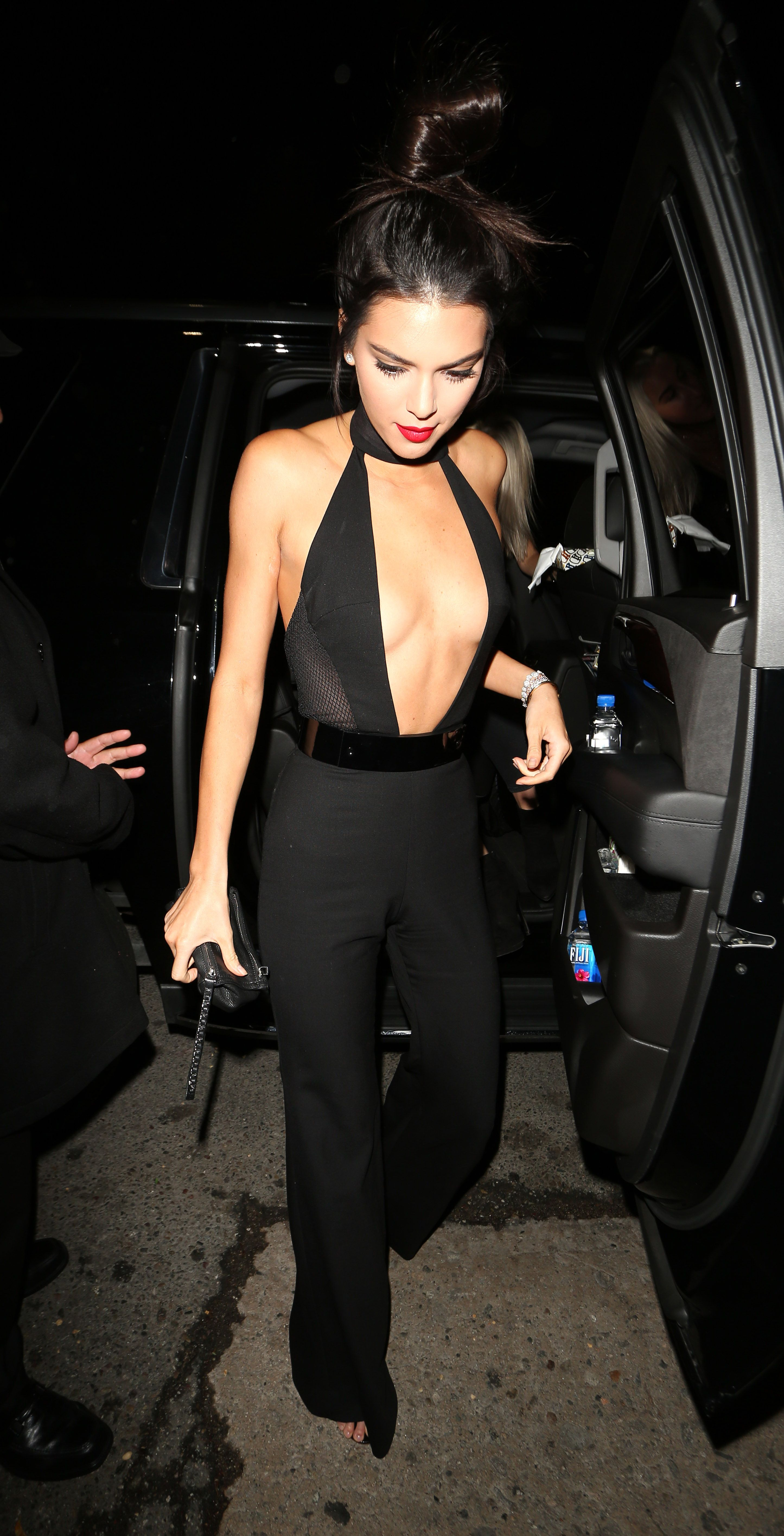 Kendall Jenner Rang In Her 20th Birthday In A Jumpsuit You Have To