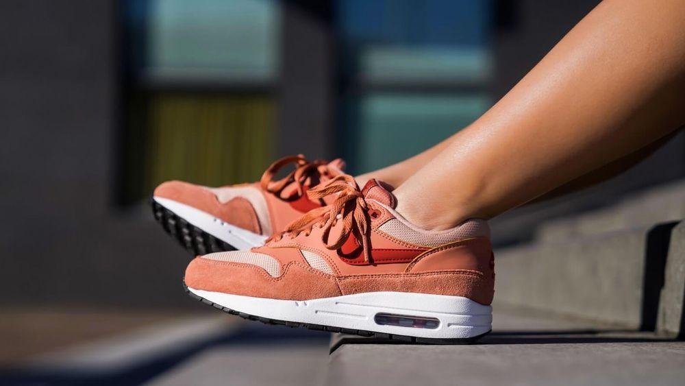 Nike Air Max 1 Wmns vast greyhabanero red ab 90,90
