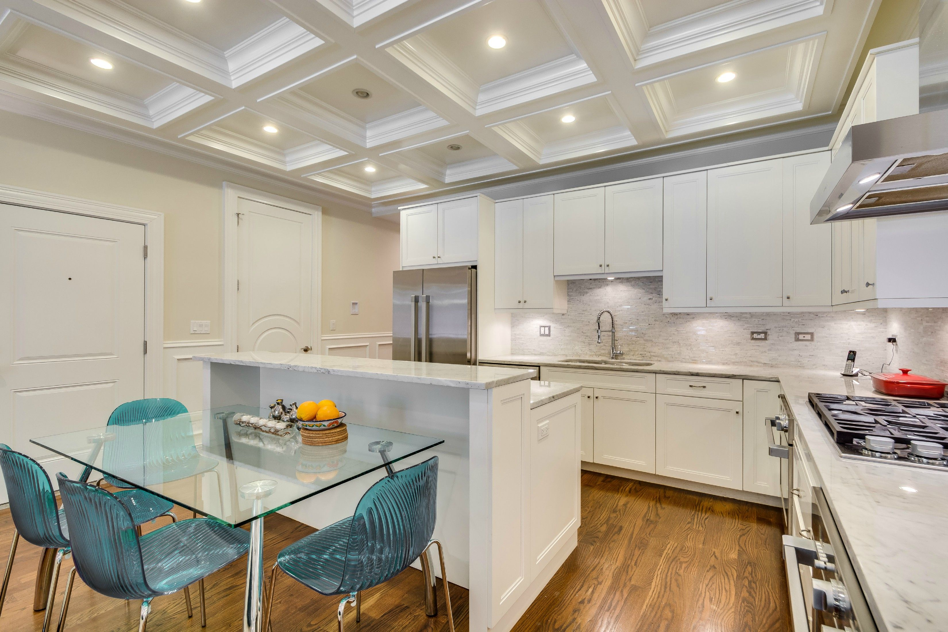 The White Kitchen At This Bright, Multi Level 4 Bedroom Apartment In  Bucktown Comes With
