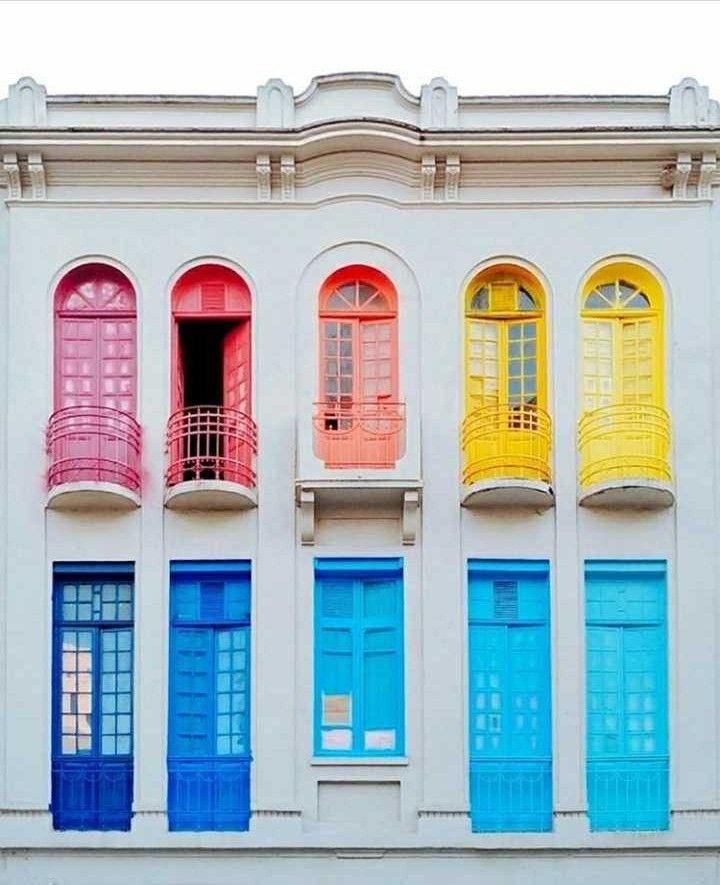 Pin de Kocsis Zsolt em Doors/Gates/Windows Casas