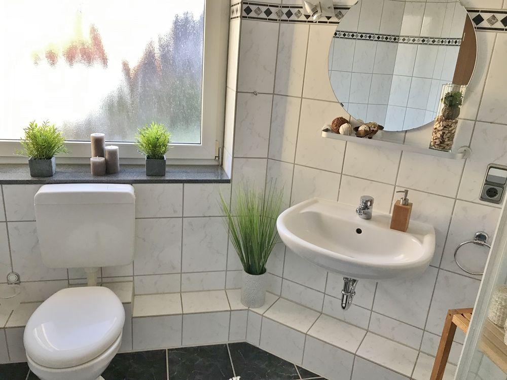 Schoner Wohnen Haus Niederkruchten Volksbank Immobilien Gmbh Schones Bad Schoner Wohnen Haus Wohnen Schoner Wohnen