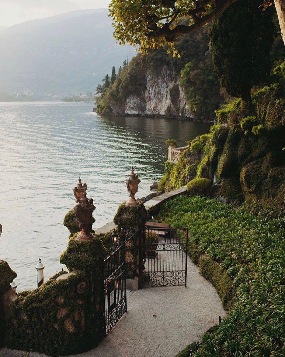 """@toomanyfeelss on Instagram: """"Mornings"""" #traveltogreece Bild könnte enthalten: im Freien, Wasser und Natur"""