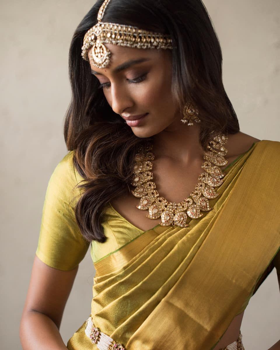 The House Of Angadi On Instagram Like Molten Gold Presenting Handwoven Saris By Advaya Labeladvaya Ranging From The Innova Sari Hand Weaving Indian Wear
