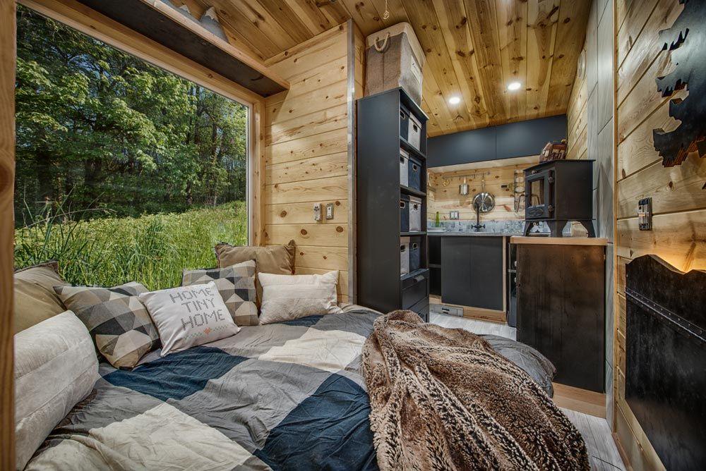 Cette Tiny House A Un Design Tiny Tiny Moins De 9m2 Et Une