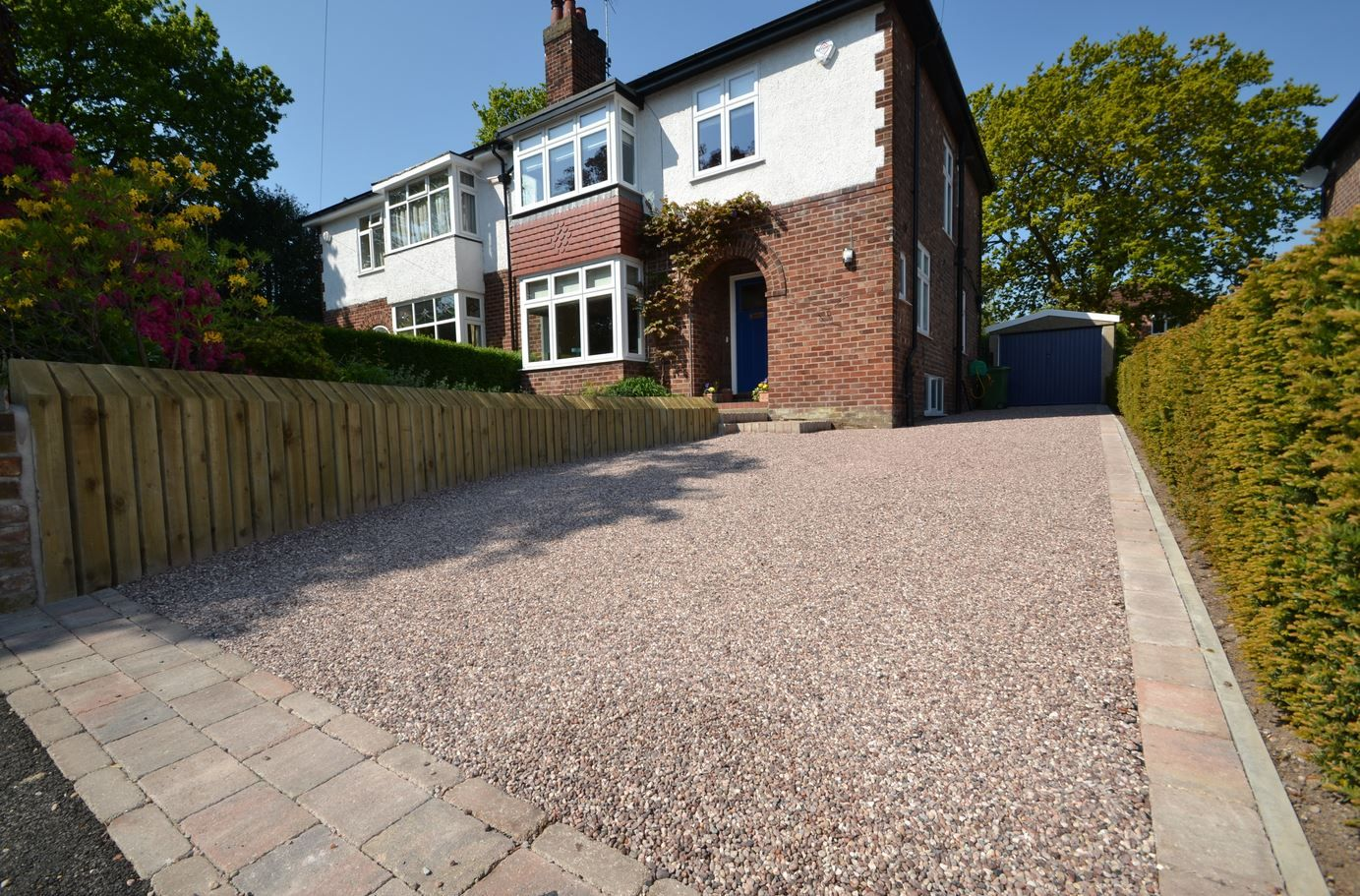 COREgravel Driveway And Timber Onedge Sleepers Retaining Wall - Front garden driveway ideas uk
