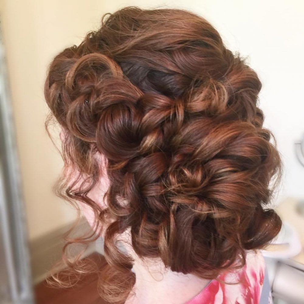 Wwv Hairstylestrends Me Curly Prom Hair Long Hair Styles Prom Hair Updo Curly