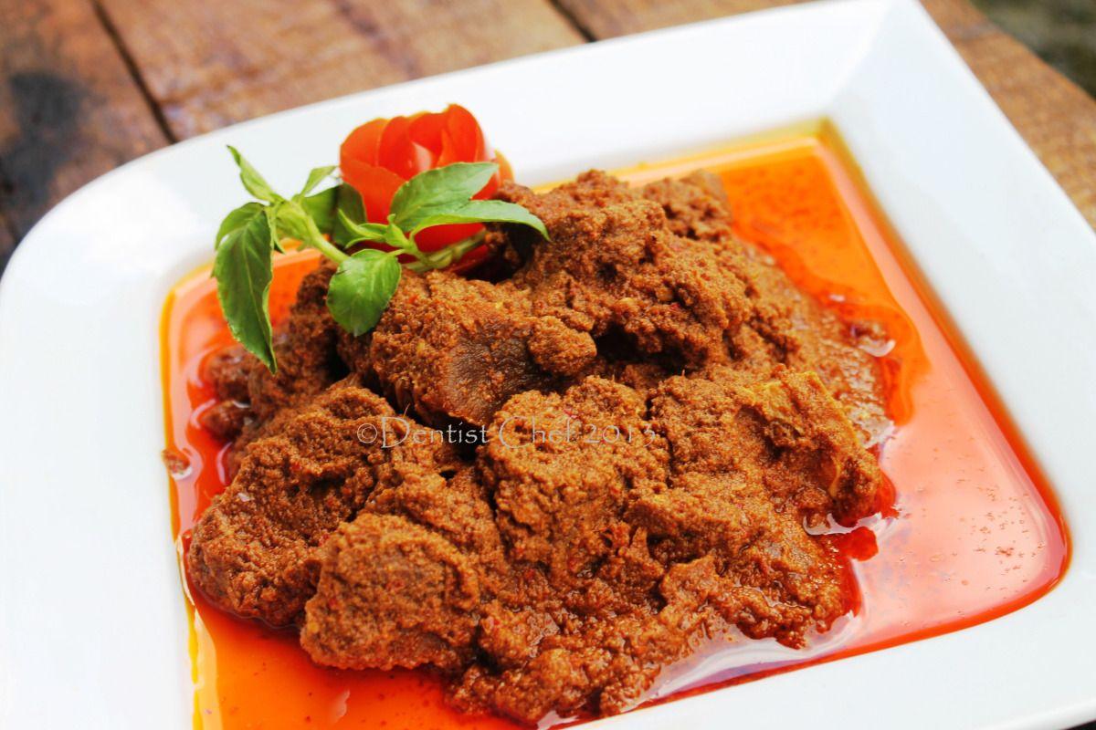Resep Kalio Indonesian Brown Rendang Or Stewed Beef In Spicy Coconut Curry Resep Makanan Makanan Enak