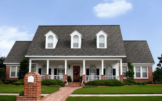 I Love This Shingle I Found This Duration Shingle In The Color Estate Gray Check It Out Shared From Owenscorning Com With Images Architectural Shingles Shingle Colors