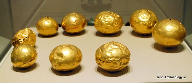 The remains of a Late Bronze Age gold necklace from Tumna, Co. Roscommon, it dates from c. 900-700 BC