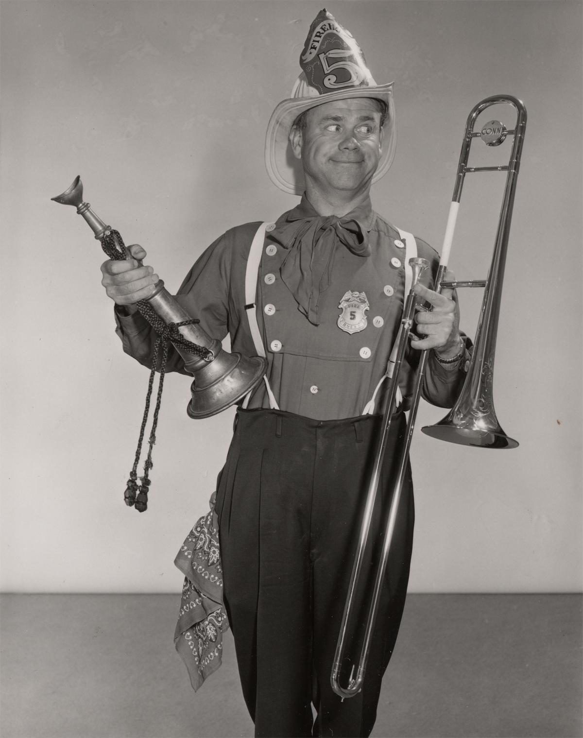Ward Walrath Kimball Fue Un Musico Estadounidense Que Nacio El 4 De Marzo De 1914 Tocaba El Trombon Y Fue Miembro Fundador D Jazz Art Kimball Character Design
