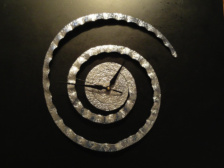 Designer Clock. Metal Clock. Indian Brass Sculpture. Modern Chrome Clock.  Stylish,